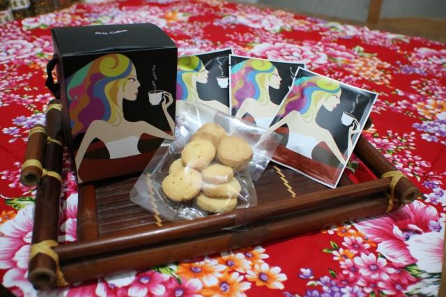 自家烘焙咖啡+手工餅乾禮盒-新埔十大伴手禮票選